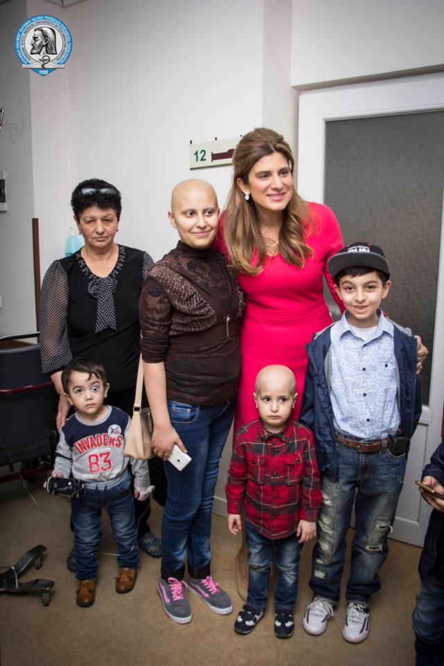 Princess Dina with children at Muratsan Hospital